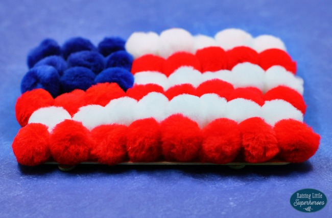 Pom Pom American Flag Craft, American Flag Craft, Patriotic Craft, 4th of July Craft, Memorial Day Craft, Red White Blue Craft