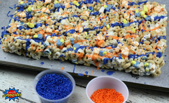 Finding Dory Marshmallow Treats Process 7